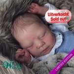 300261 - Dollkit 20  - Luciano Limited ........ pc  € 89,90 - Pre Order